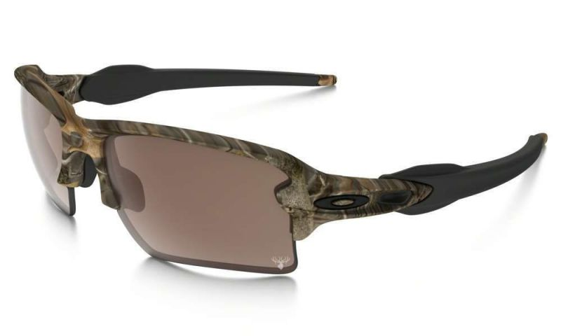 oakley-flak-occhiali-da-sole-uomo